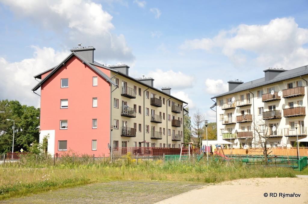 4-podlažné bytové domy Lodž, Poľsko