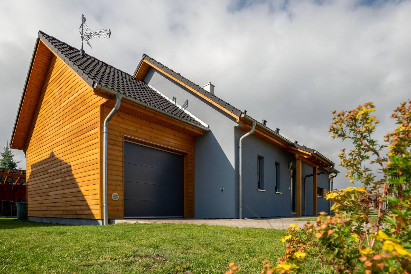 Montovaný dom na kľúč - Largo 85 s garážou, podkrovím a zimnou záhradou